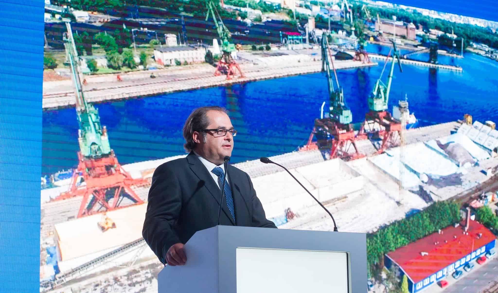 Marek Gróbarczyk: konsolidacja i ro-paxy dźwigną branżę stoczniową [WYWIAD]