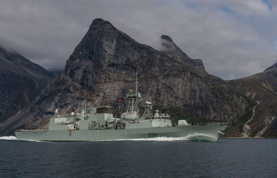 Kanadyjskie fregaty Halifax otrzymają lepsze systemy walki elektronicznej