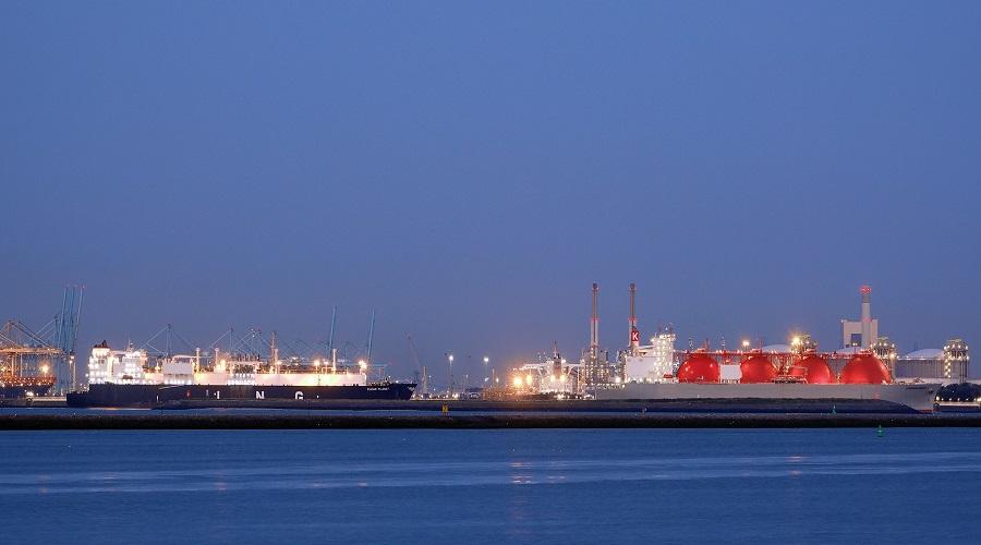 Grecja pływający terminal LNG / Portal Stoczniowy