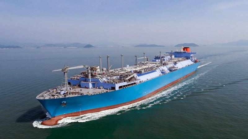 Rynek LNG: największy na świecie pływający terminal uruchomiony w Turcji [WIDEO]