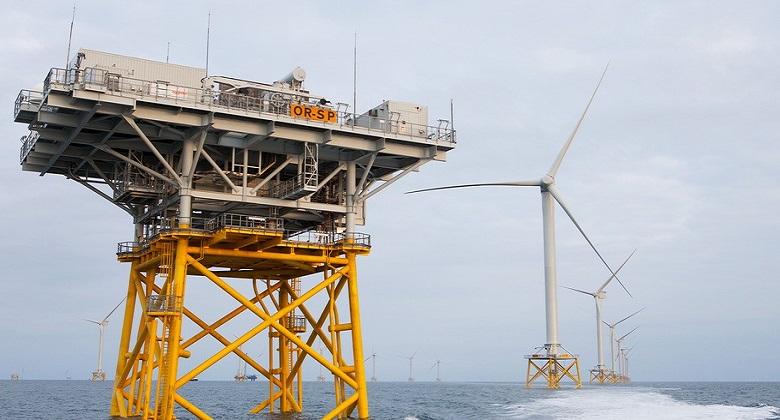 Morskie farmy wiatrowe offshore / Portal Stoczniowy